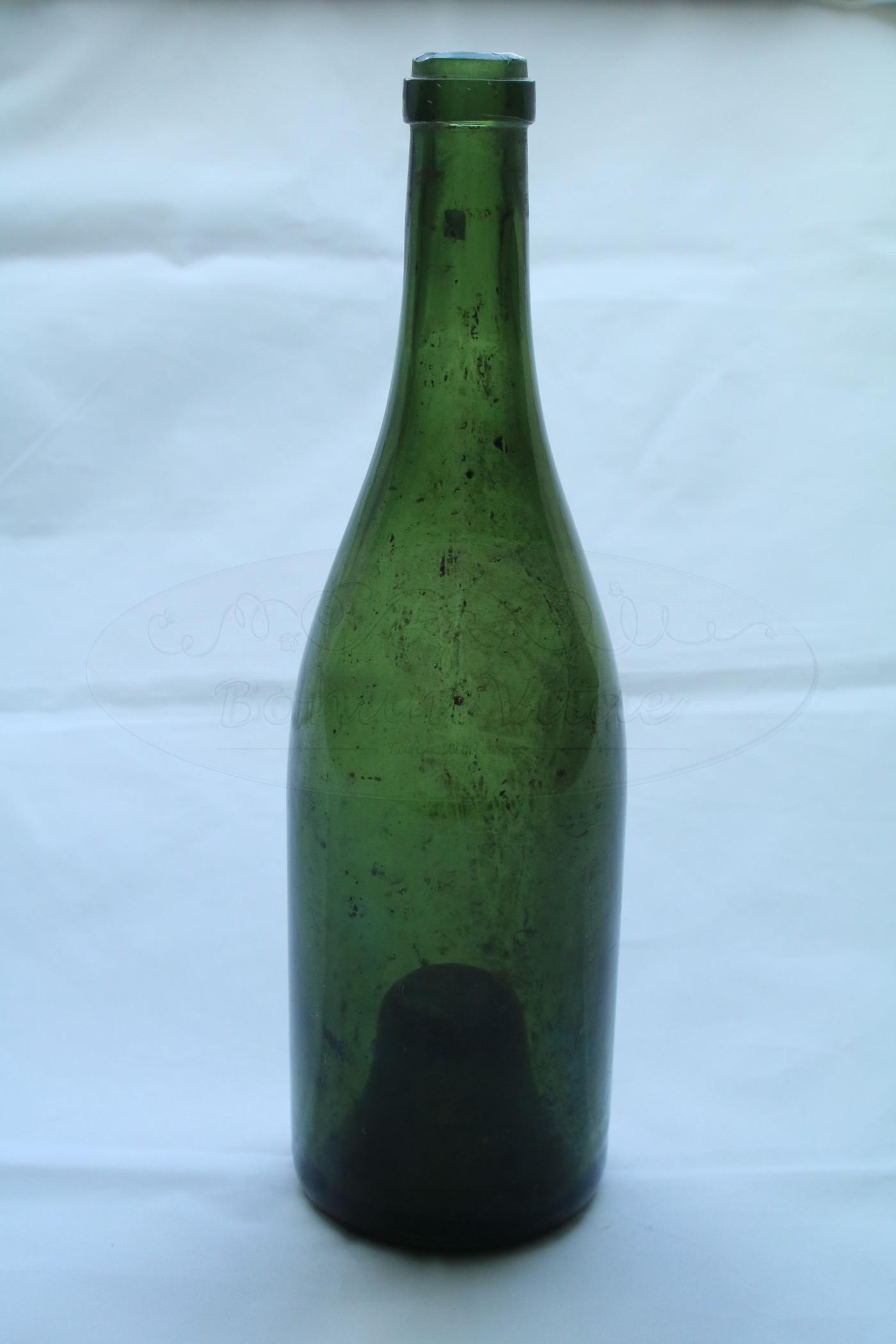 Champagne- of Bourgognefles
